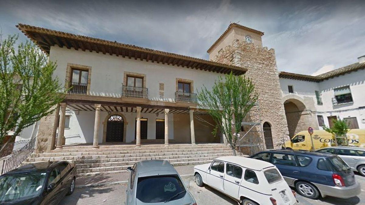 El Ayuntamiento de Iniesta, en Cuenca, recomienda a sus habitantes no salir de casa por la Covid-19