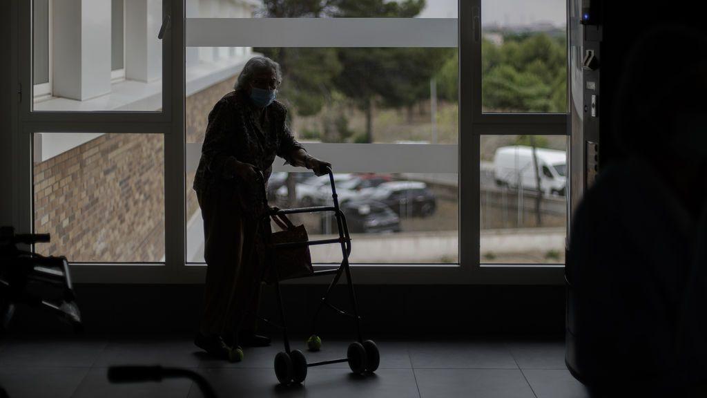El 80 % de los usuarios de residencias de Madrid tiene anticuerpos contra la Covid