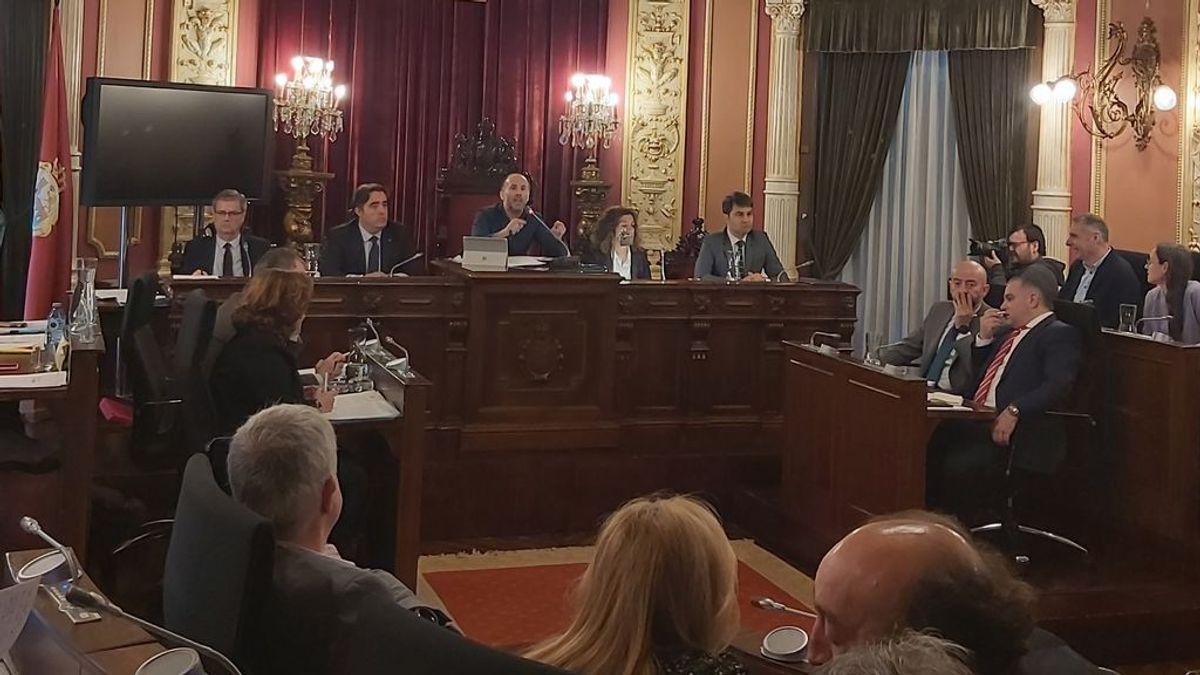 Ni PCR ni cuarentena en el Ayuntamiento de Ourense tras el positivo de un asesor del alcalde