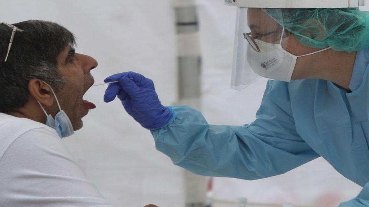 Siguen creciendo los contagios en Murcia con 220 nuevos casos confirmados, 76 más que un día antes