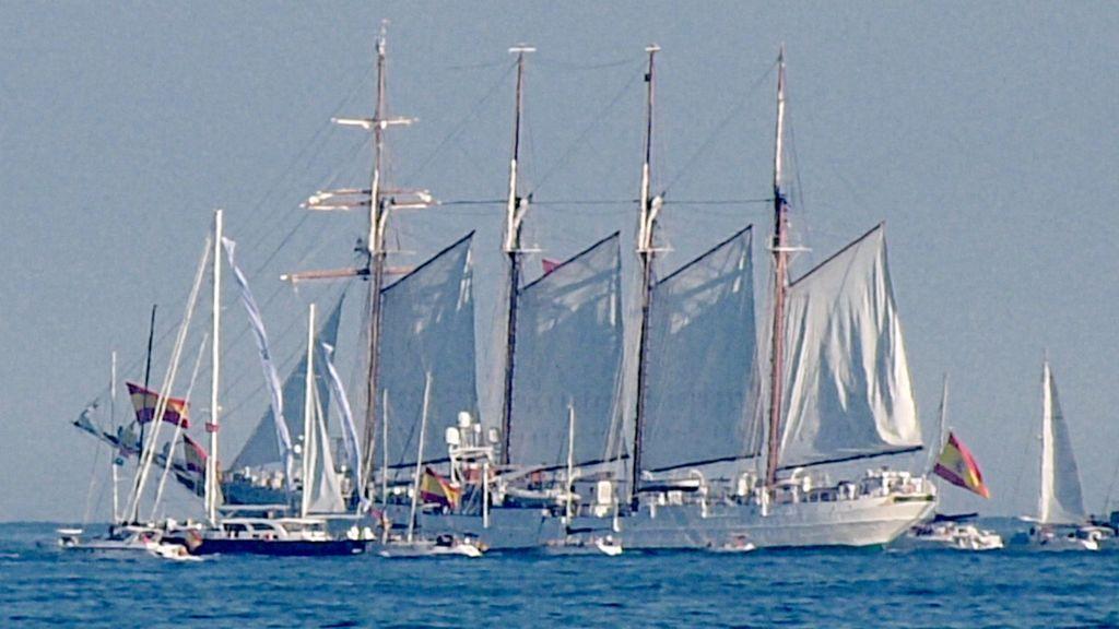 Parte el Juan Sebastián de Elcano: su viaje más largo y más difícil