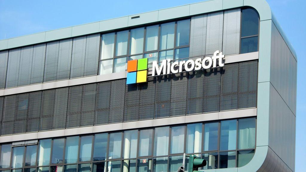 Microsoft apoya a Epic Games, creador de 'Fortnite', en su batalla contra Apple