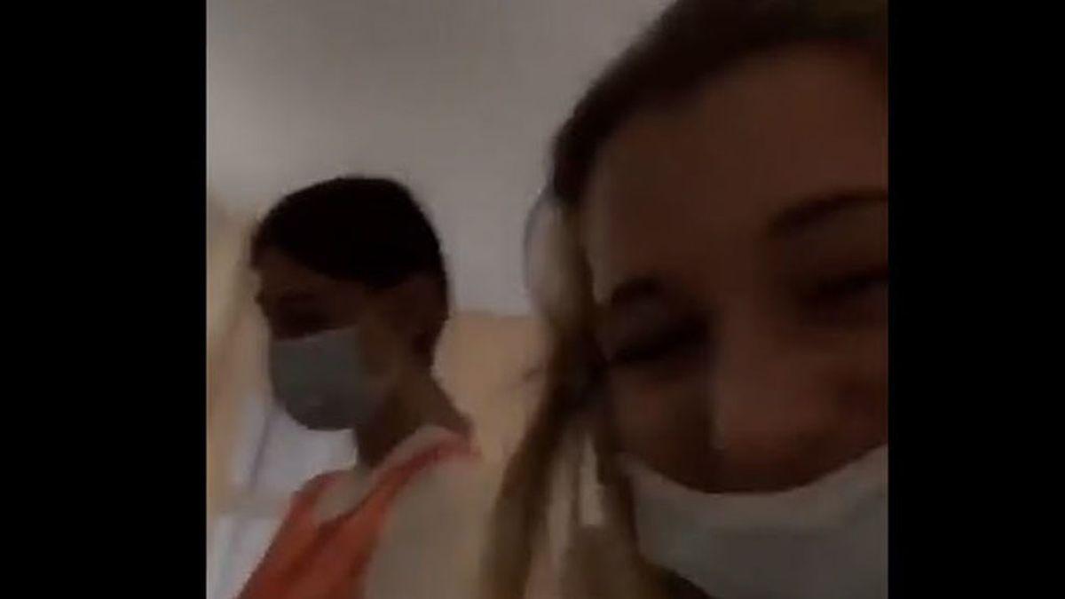 Investigan geriátrico tras difusión de vídeo en que cuidadora veja a anciana y otra se mofa