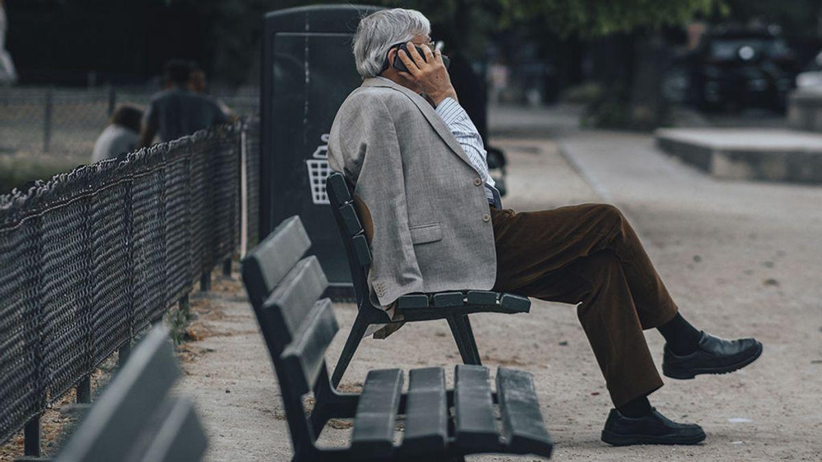 Guía de teléfonos donde llamar en caso de descubrir o sospechar de maltrato a mayores