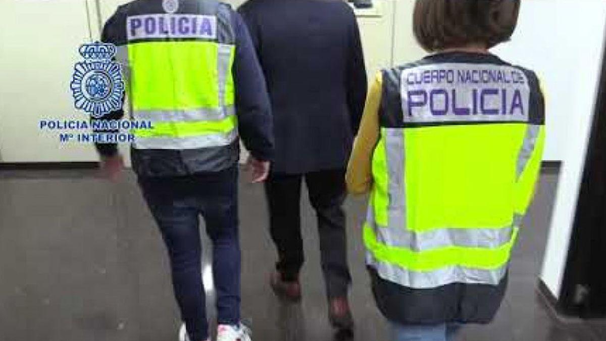 Diez años y medio de prisión para un quiosquero de Valencia por corrupción de menores