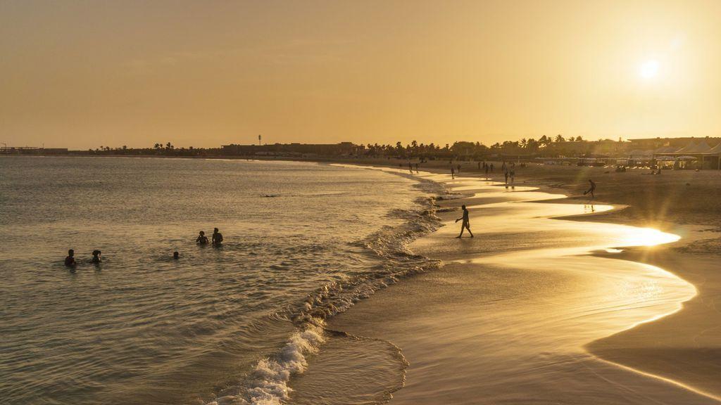 Aviso rojo en Canarias: niveles altos de calima y calor extremo el miércoles