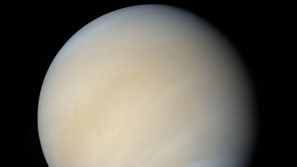 Posible vida en la atmósfera de Venus, a unos 40 km de su superficie