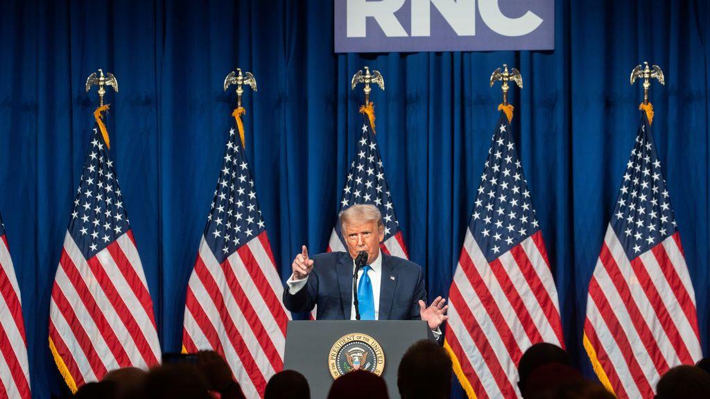 """Trump tilda de """"locura"""" la idea  de paralizar EEUU de nuevo si hay un rebrote de COVID-19"""