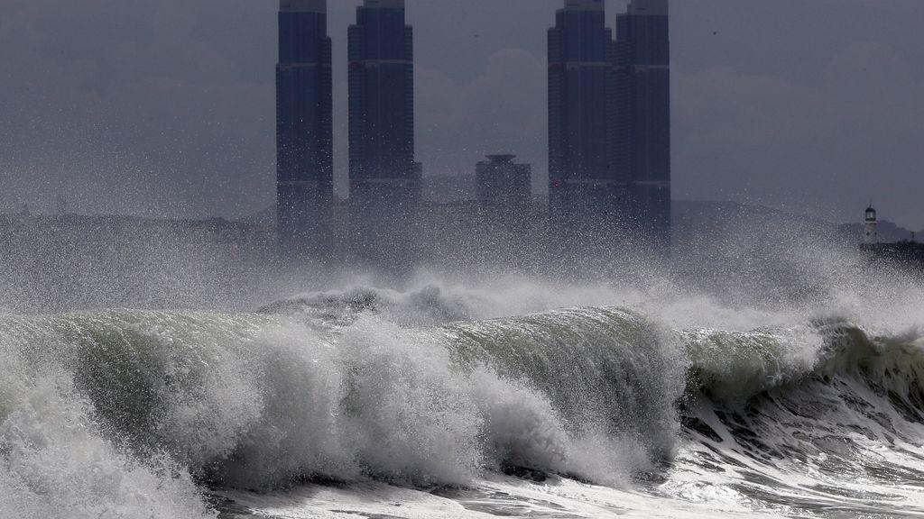 El tifón Bavi se dirige a Corea del Norte: vientos huracanados atravesarán Pyongyang