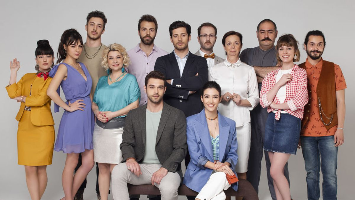 De Selin Sever a Demir Erendil: quién es quién en 'En todas partes, tú'