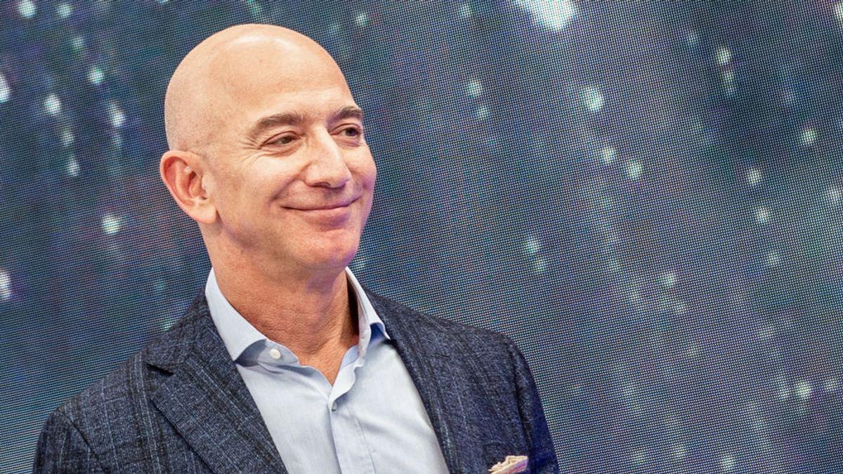 El fundador de Amazon, Jeff Bezos, primera persona en el mundo en amasar una fortuna de más de 170.000 millones de euros