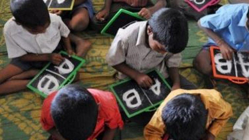Una tercera parte de los niños en edad escolar de todo el mundo no pudo seguir las clases a distancia