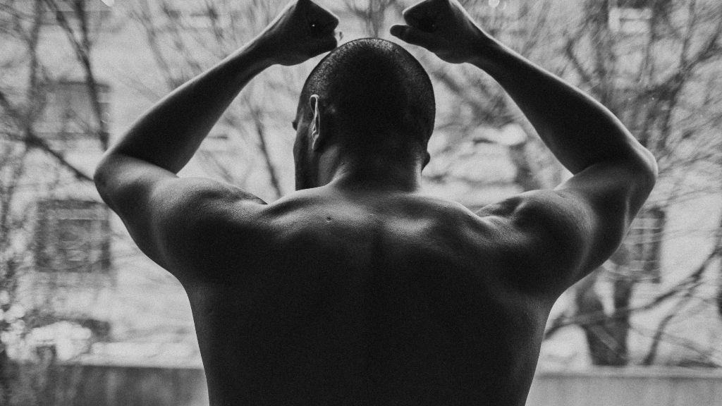 La terapia por el confinamiento reveló un trastorno de vigorexia