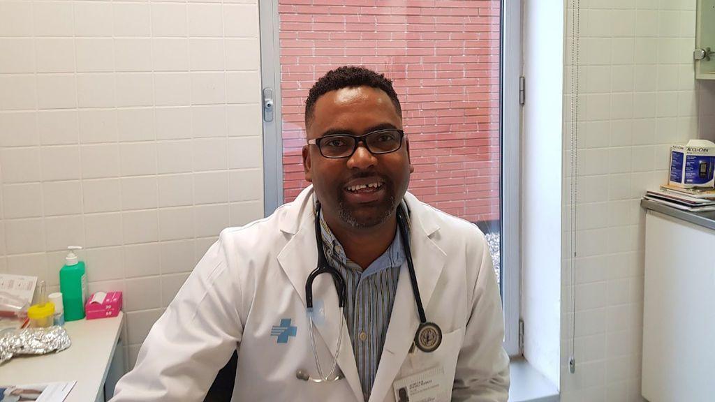"""Javier O'Farril,  presidente Sector Primario Médicos de Cataluña:""""Cuando dices a la gente que son negativo tras la PCR no cumplen el aislamiento"""""""