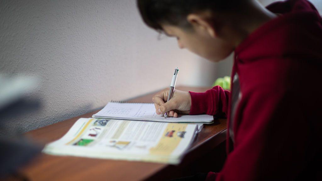 Una psicóloga da consejos a los padres para afrontar la vuelta a un cole desconocido por las medidas anti-covid