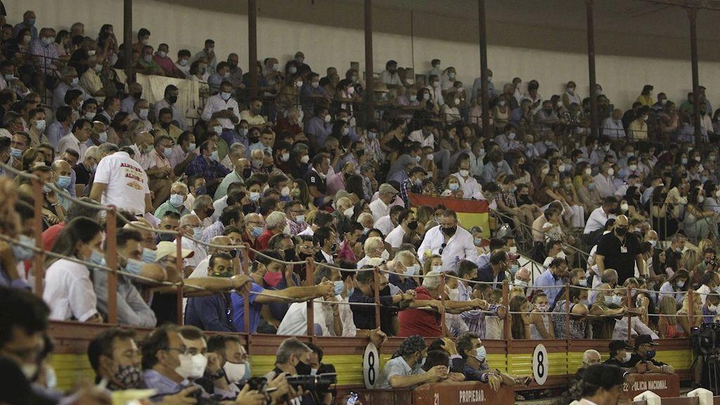 Indignación en las redes por la corrida de toros en Mérida