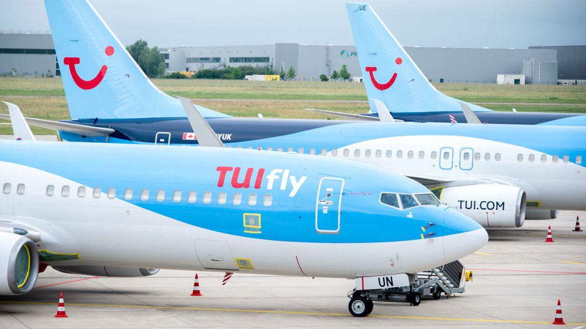 Todo el pasaje de un vuelo a Cardiff obligado a confinarse por siete casos positivos en el avión