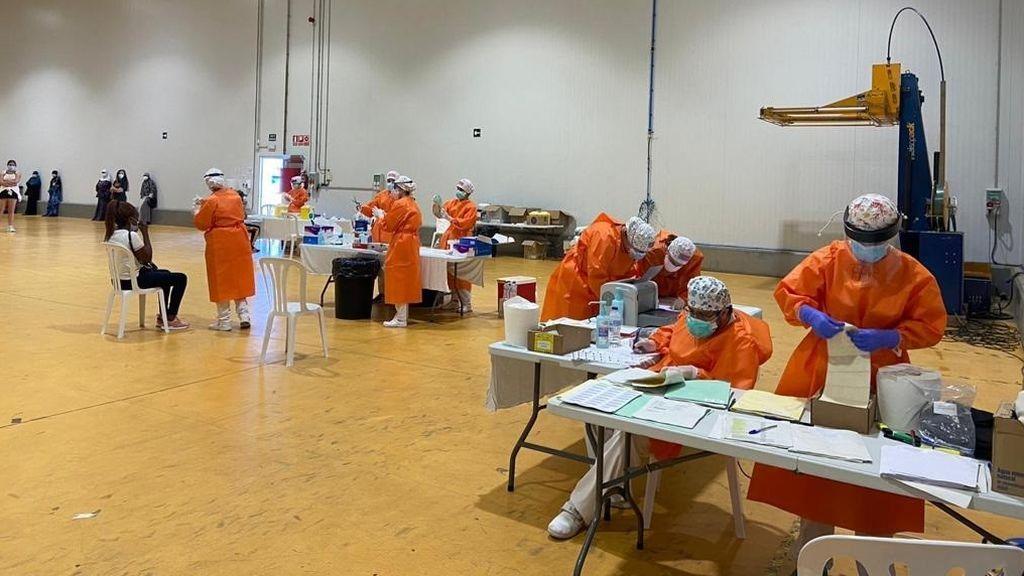 Ligero descenso de contagios diarios en Aragón, que registra 277 nuevos casos