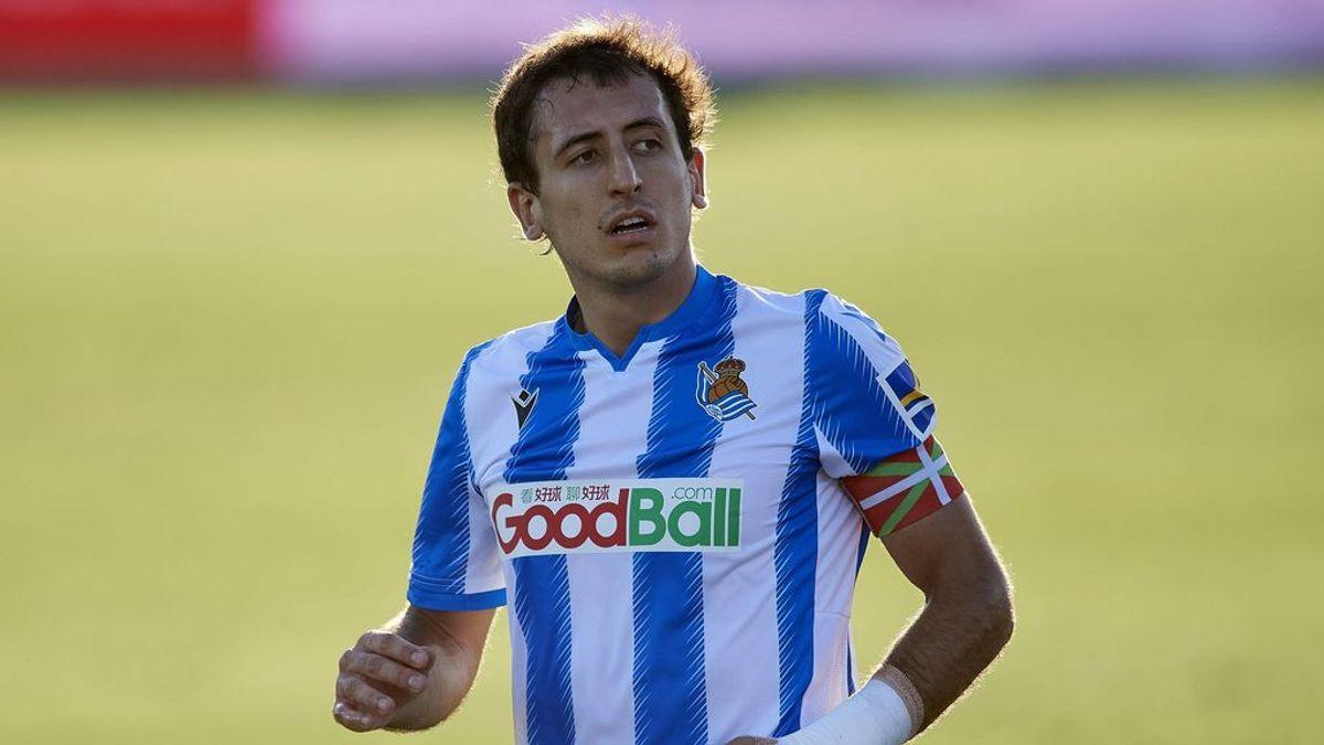 El jugador de la Real Sociedad Mikel Oyarzabal, positivo por COVID-19