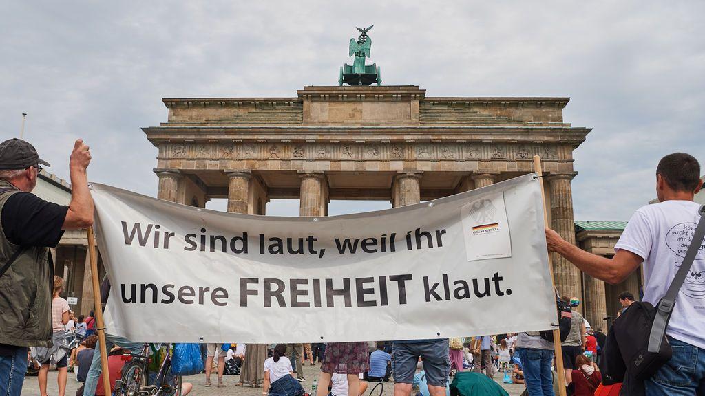 Alemania, en 'shock' tras el asalto frustrado al Reichstag de los 'negacionistas' de la pandemia