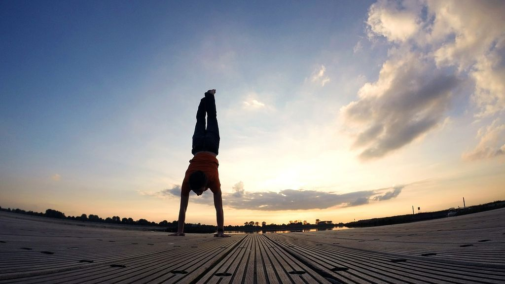 Handstand walk: entrenamiento para mejorar esta técnica