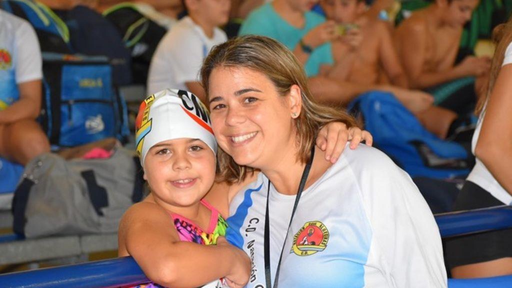 Paloma con su madre, Diana