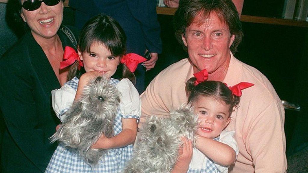 Juntos tuvieron dos niñas; Kendall y Kylie.