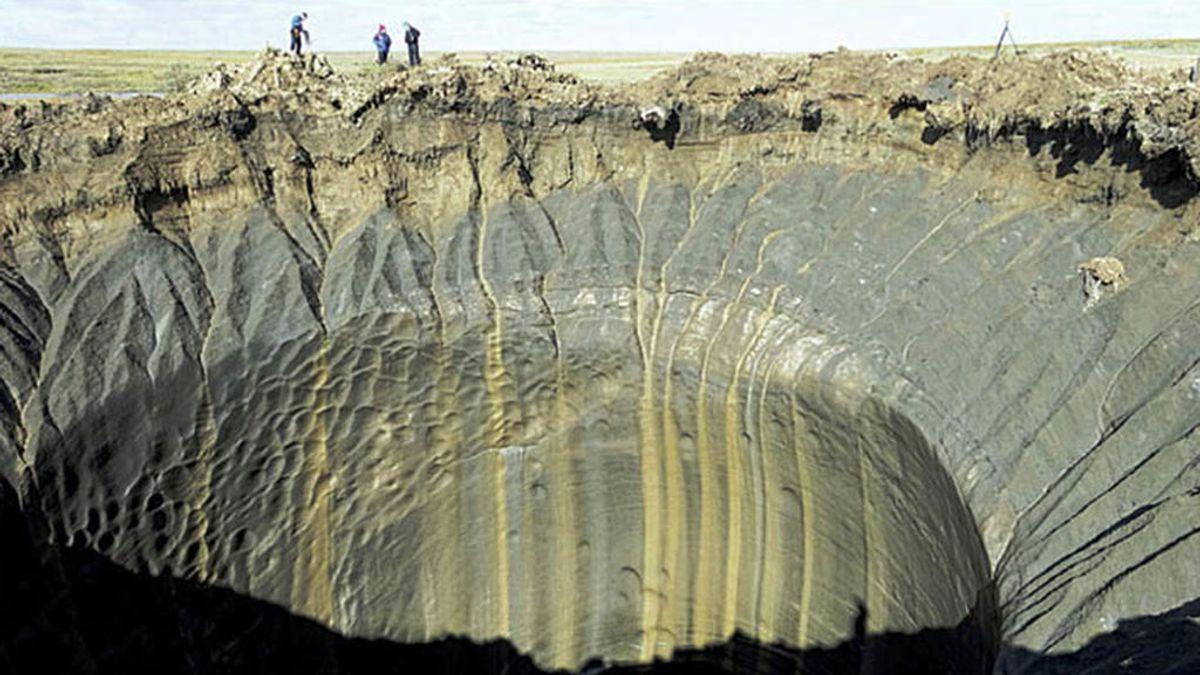 Nueva puerta al infierno en Siberia: se abre otro agujero de 50 metros por el deshielo del permafrost