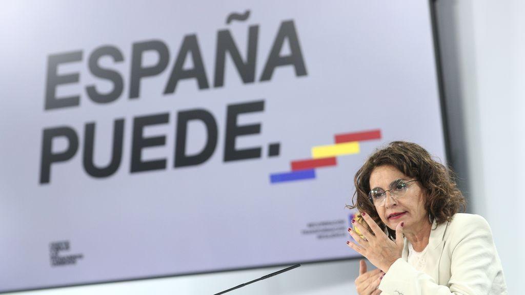 """Montero tranquiliza a Podemos: """"Son los presupuestos del Gobierno no de Hacienda"""""""