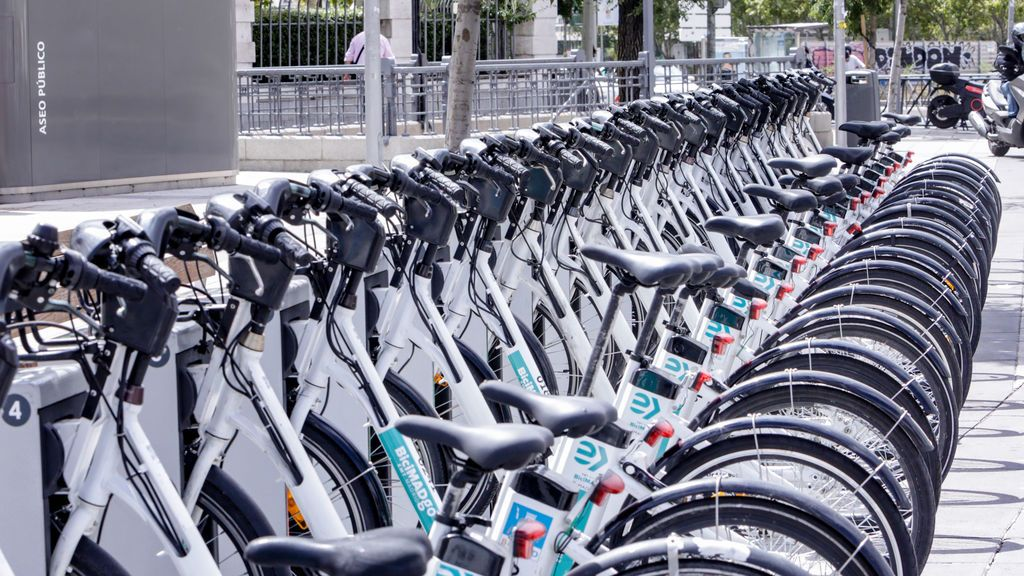 Así funciona BiciMAD Go: el nuevo (y criticado) servicio de bicicletas compartidas de Madrid