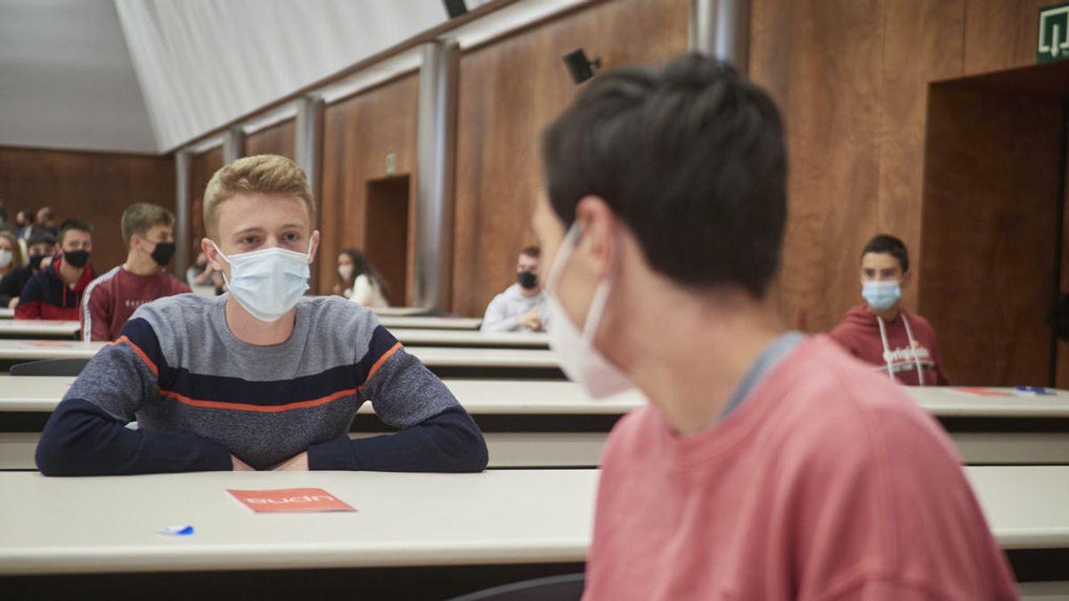 De clases semipresenciales a pruebas serológicas: las medidas de las universidades para una vuelta segura