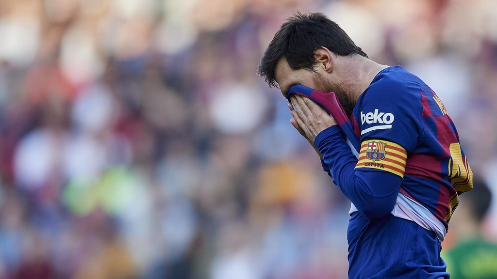 """La prensa inglesa pide al Manchester City que reconsidere no fichar a Messi: """"No es ni una sombra de lo que fue"""""""