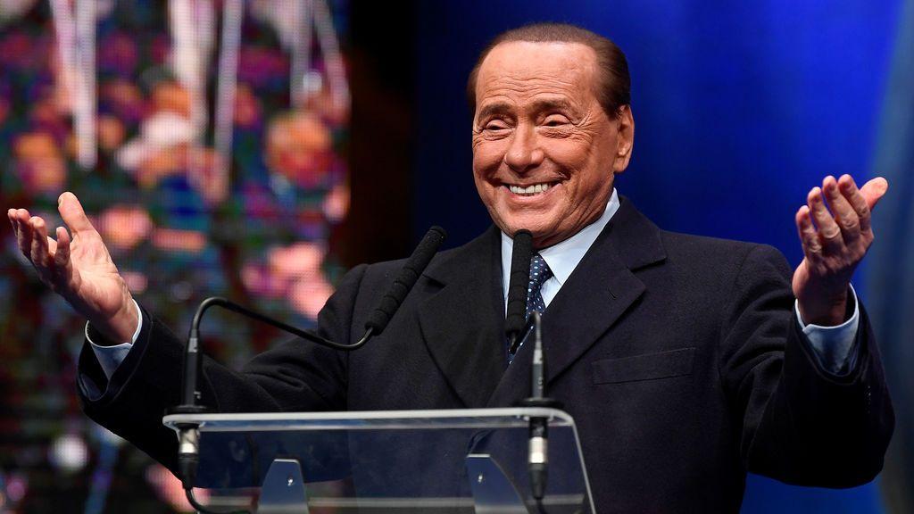 El ex primer ministro italiano, Silvio Berlusconi, da positivo en Covid-19