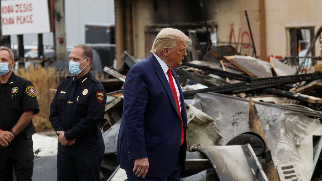 Trump muestra un claro apoyo a la policía a pesar de las protestas por racismo en Kenosha