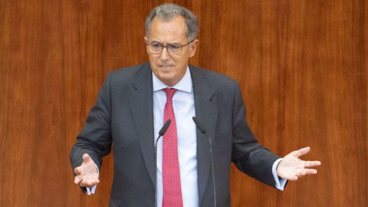 """El Consejero de Educación de Madrid culpa a los profesores de las aglomeraciones por ir """"antes de su turno"""""""