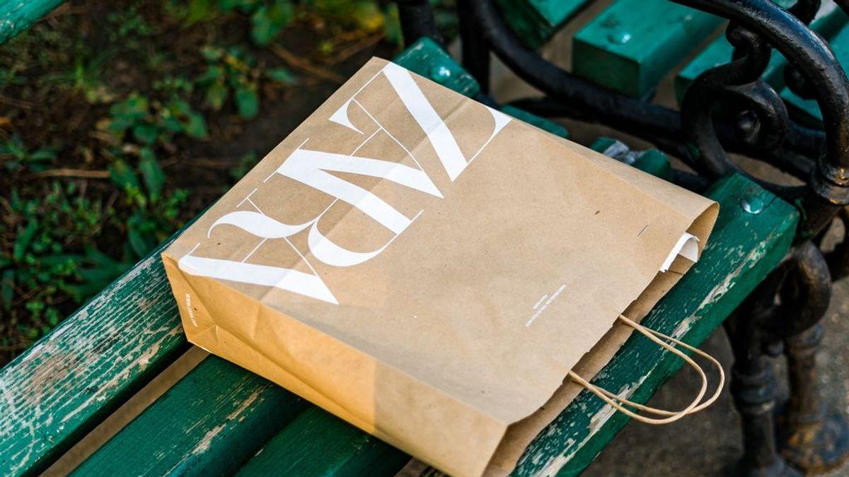 ¿Son las bolsas de papel más ecológicas que las de plástico? Te hablamos sobre esta creencia tan extendida