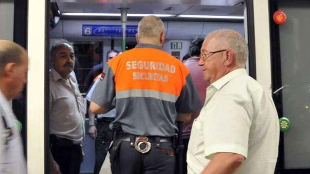 Dos vigilantes de Metro de Madrid, agredidos por usuarios que se negaban a ponerse la mascarilla