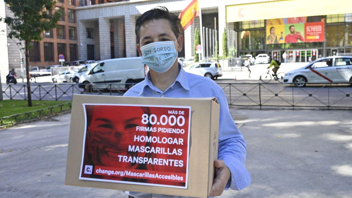 Mascarillas transparentes homologadas: la petición de los sordos al ministro Illa