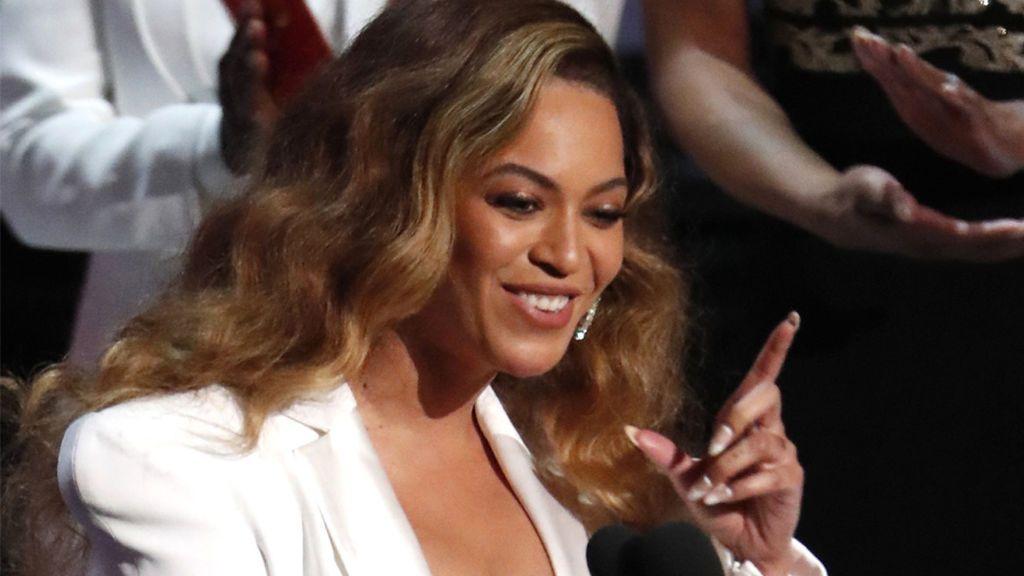 Un lorose hace famosos por su perfecta imitación de Beyoncé
