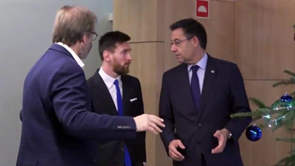 Leo Messi y Bartomeu en el último acto de renovación del Barça.