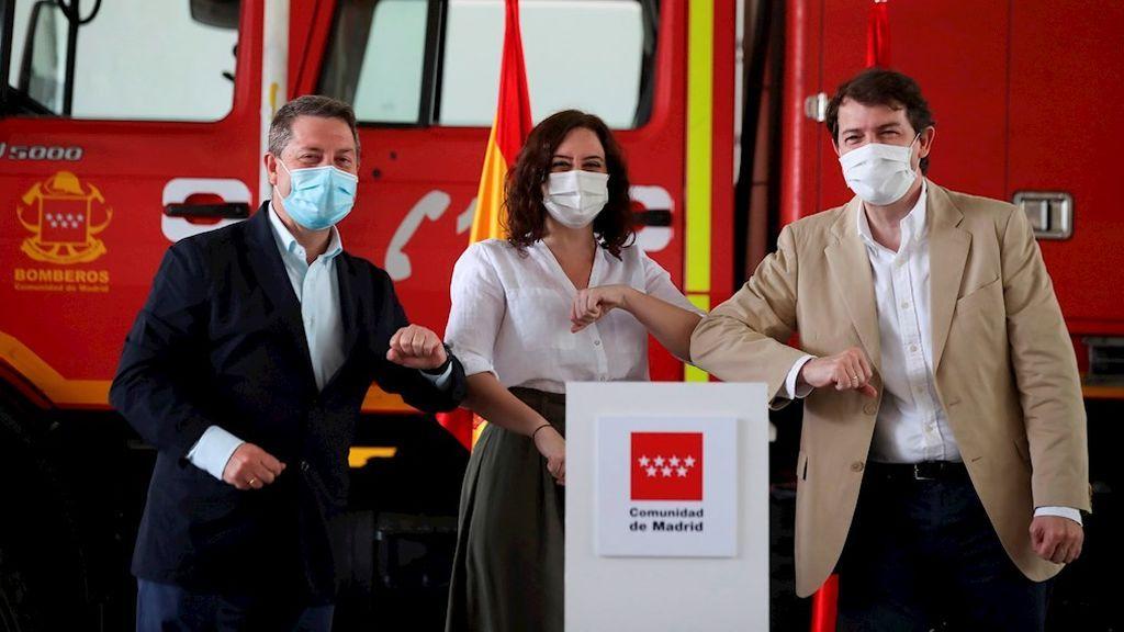 Ayuso convoca este lunes a García-Page y Mañueco para coordinar medidas contra la Covid-19