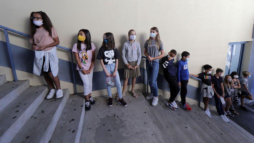 La vuelta al cole en el mundo: mascarillas, menos niños por aula y clases online
