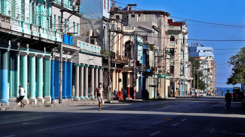 Cuba suma 32 nuevos casos de la COVID-19 y aumenta el número diario de pruebas PCR