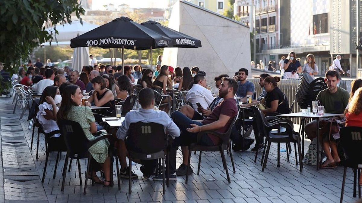 Madrid limita las reuniones a 10 personas y reduce el aforo en bares, comuniones, bodas y velatorios