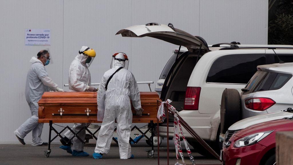 Chile suma otros 57 fallecidos por la COVID-19 y 1.961 nuevos contagios