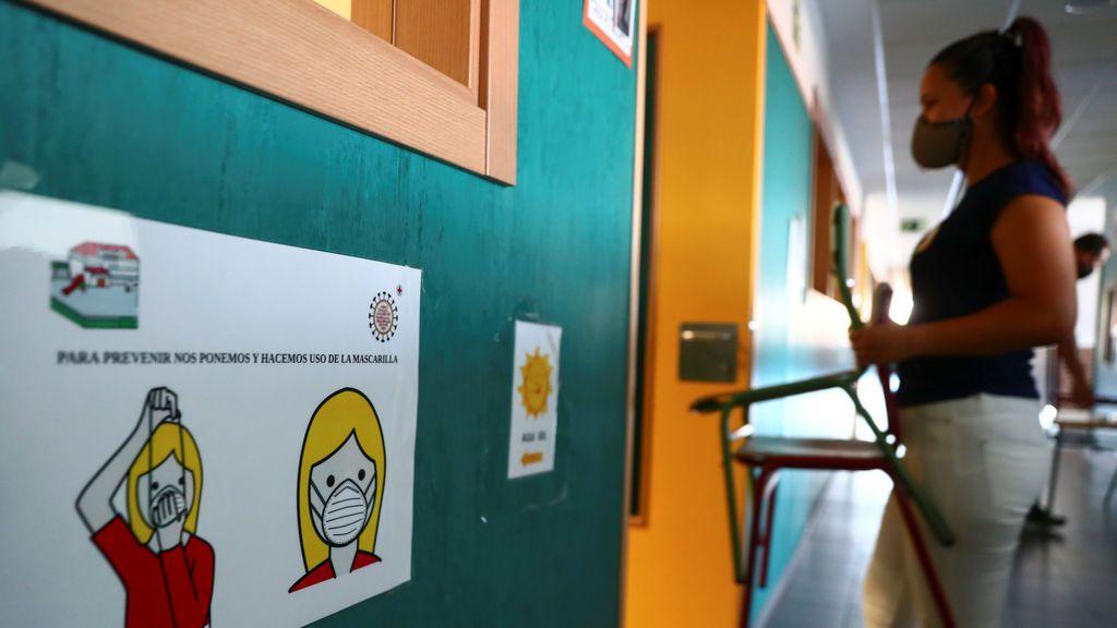 Entre 2.000 y 2.500 profesores de Madrid positivos por coronavirus tendrán que someterse a una PCR