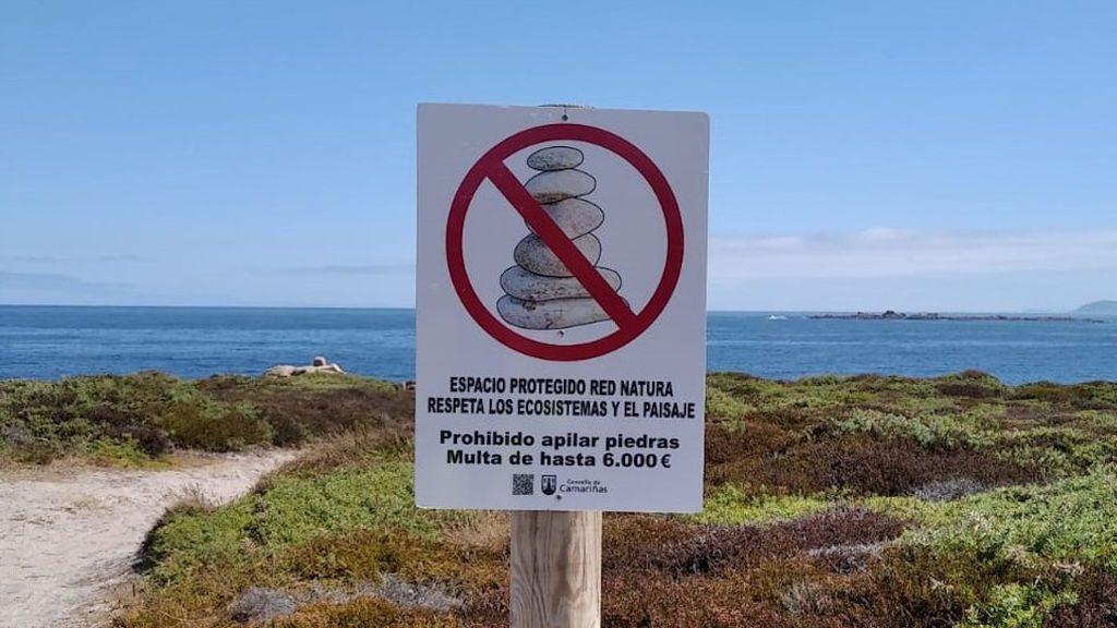 Hasta 6.000 euros de multa para quien apile piedras en Camariñas (A Coruña)