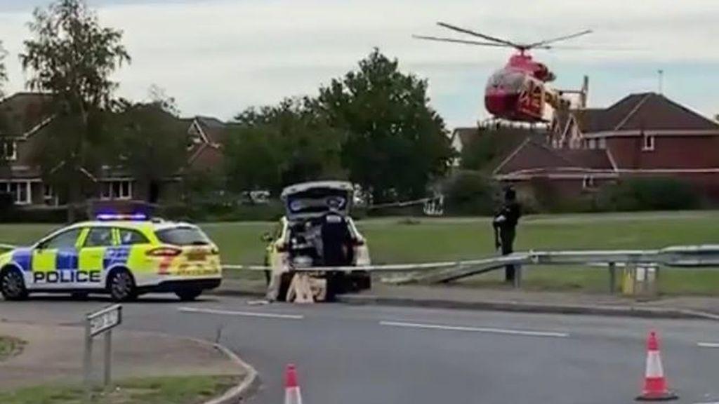Un adolescente tirotea a otro de 15 años a las afueras de un instituto en  Kesgrave, Reino Unido