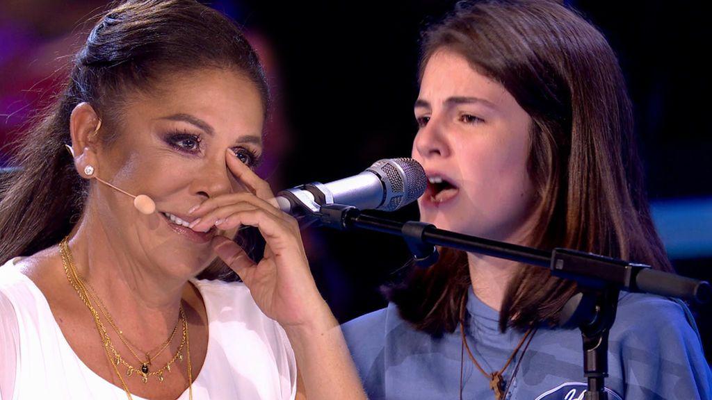 Marta Mesa deja a todos sin palabras, provoca el llanto de Isabel Pantoja y se lleva el primer ticket dorado de 'Idol Kids'
