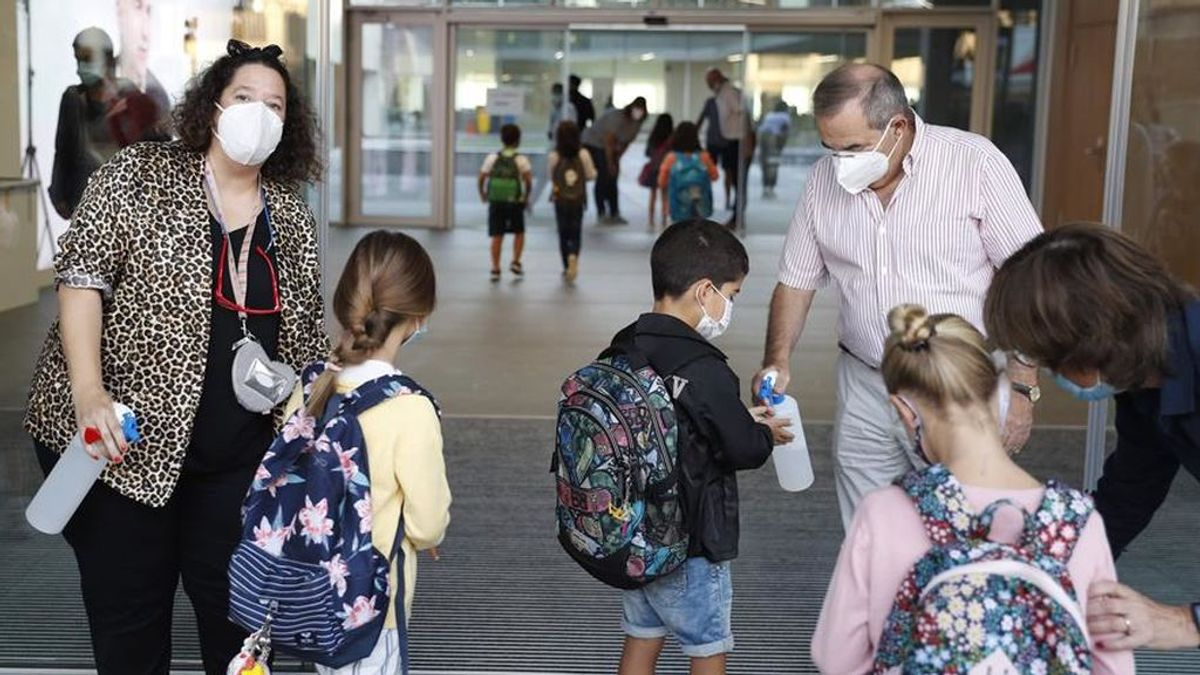 511 epidemiólogos responden si llevarían o no a sus hijos al colegio: la respuesta sorprende